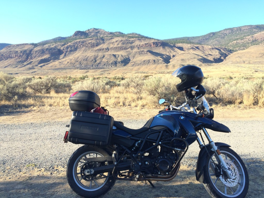Ladt night of the motorcycle roadtrip in Cahce Creek, BMW F650GS