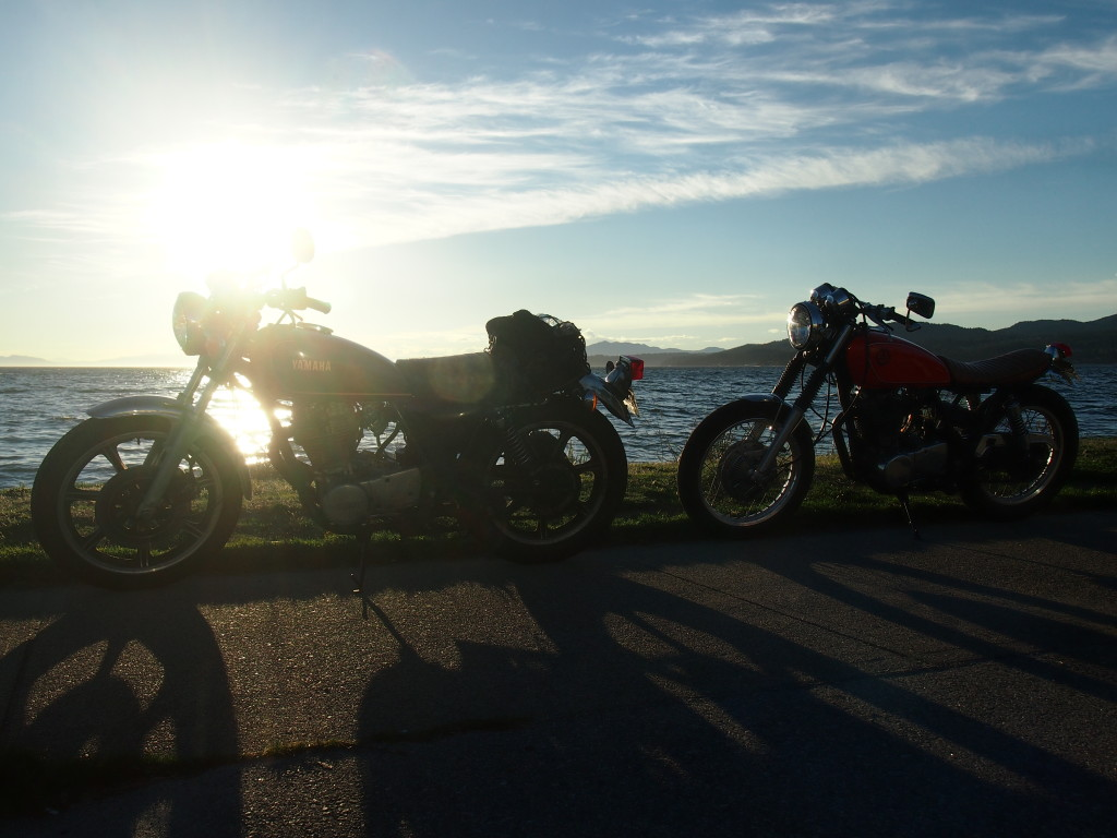 Yamaha Sr500 in the setting sun in Sechelt, Sunshine Coast B.C
