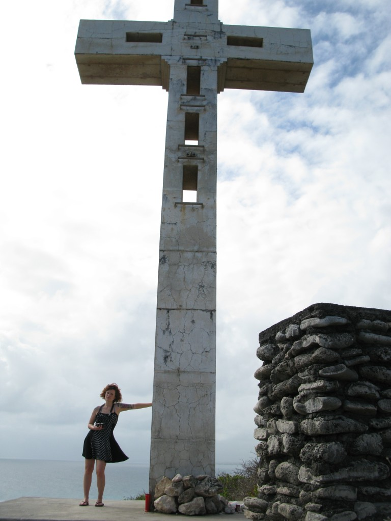 The cross on the clifftop at La Pointe des Chateaux